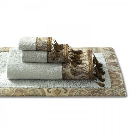 Amazing Color Stay Bath Rug Place A Stylish Accent On Your Bathroom Floor With