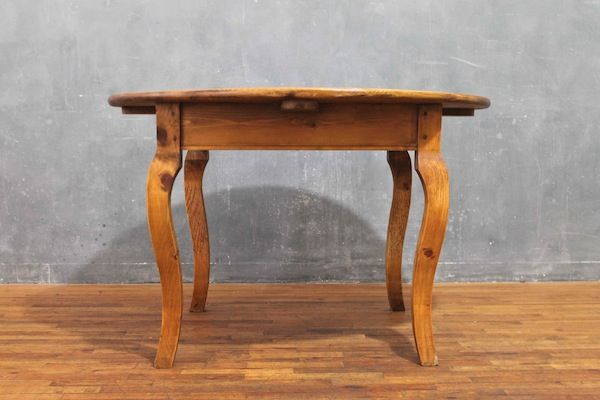 Primitive Pine Round Dining Table For The Home Pinterest