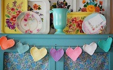 Things to Make: Crochet Heart Garland Pattern | Sarahndipities