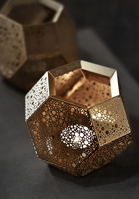 Etch by Tom Dixon. This item really caught my eye when wisiting one of the local design stores. One of the most beautiful things I've seen. Great use of contrast!