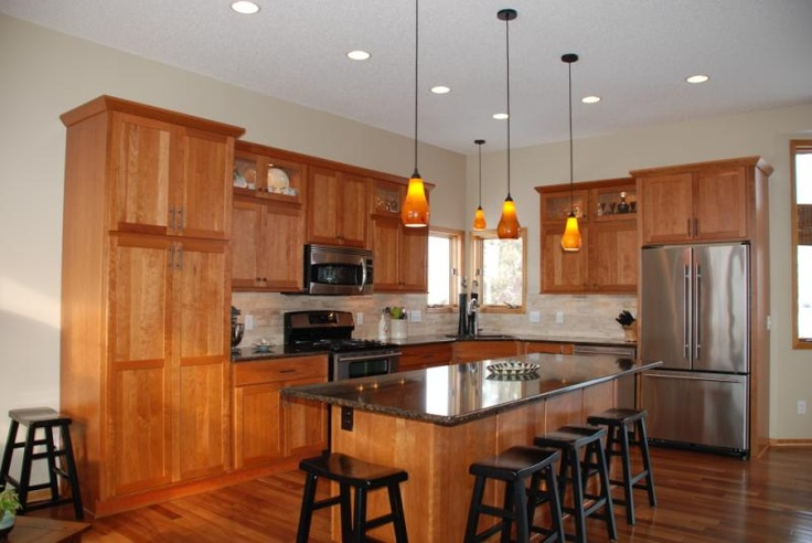 Beautiful Showplace Wood Products cherry sienna kitchen cabinets in