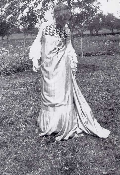 Emilie Flöge in dress designed by Gustav Klimt