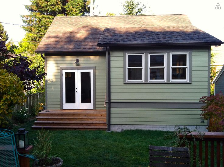 Seattle Backyard Cottage Ordinance :  listing on Airbnb Seattle Backyard CottageQueen Anne in Seattle