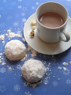 Cinnamon Mexican Wedding Cookies (aka Snowballs) Recipes — Dishmaps