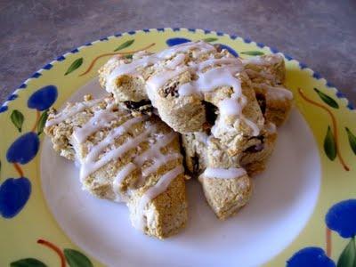 Gluten Free Betty: Cinnamon Raisin Scones for the Gluten-Free Ratio ...