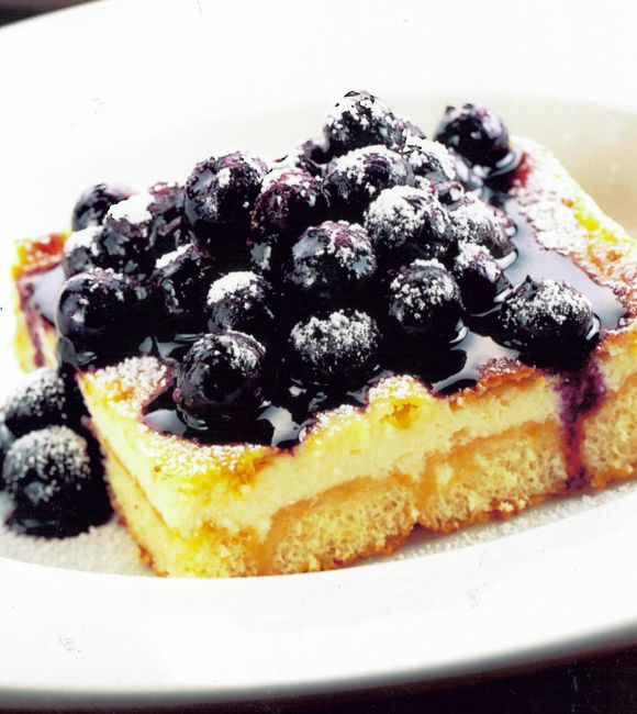 British Cheesecake with Warm Blueberries | Im a Foodie