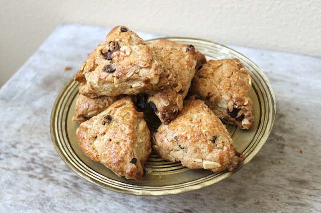 Tart Cherries and Toasted Almonds Scones