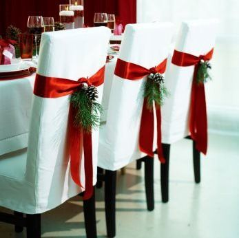 pinterest decorating ideas | Check out these beautiful but simple Christmas Dining Chairs