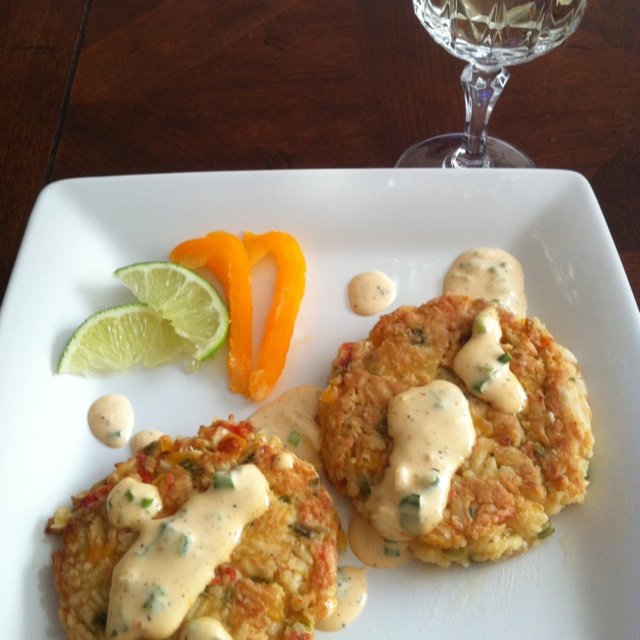 Crab cakes with lemon garlic aioli sauce | Food 4 Thought - Appease t ...