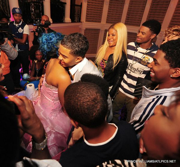 diggy dating tiny daughter Diggy's official website: photos, blog, videos, interactive, social, jetsetters and more.