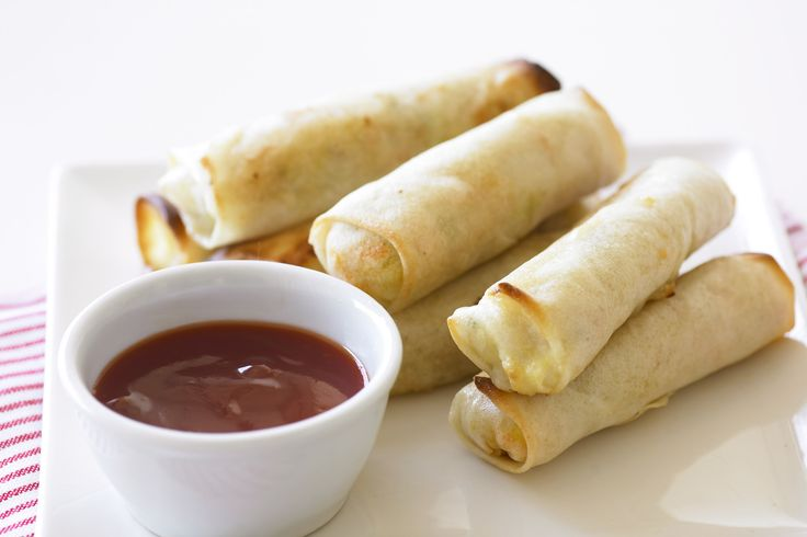Chicken and vegetable spring rolls. These wonderful oven-baked snacks ...