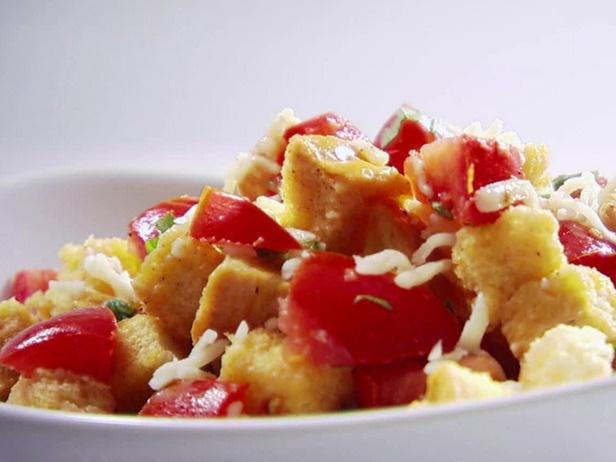 Tomato and Bread Salad | Recipe