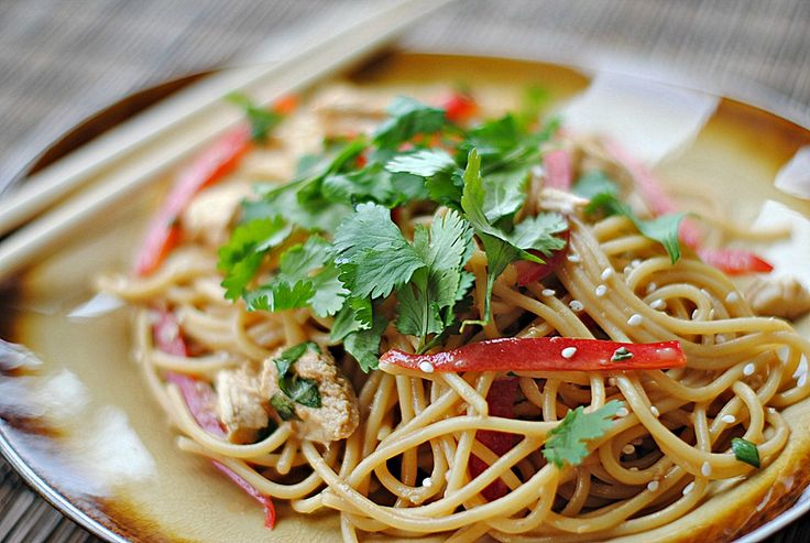 thai peanut noodles with chicken | RECIPES of all kinds | Pinterest