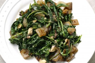 sauteed kale with tahini sauce | side dishes | Pinterest