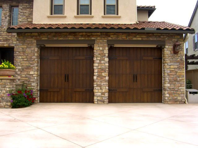 Garage doors with faux wood paint for the dream home Faux wood garage door paint