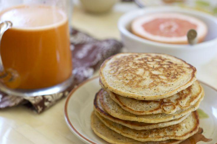 Lemon poppy seed pancakes | Vegan breakfasty foods | Pinterest