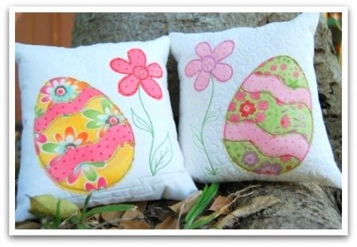 Easter pillows | Happy Holidays! | Pinterest