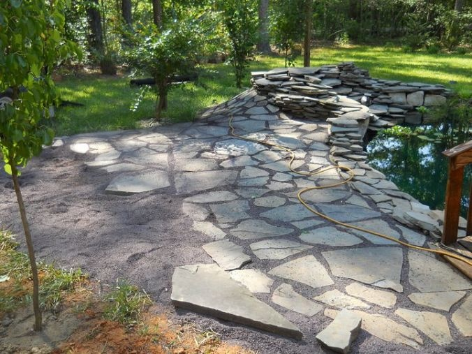 Flagstone patio with stonedust for Flagstone patio designs