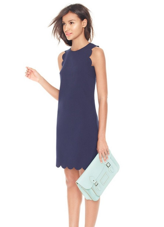 It's all sold out in this color, but I NEED this J Crew scalloped dress.
