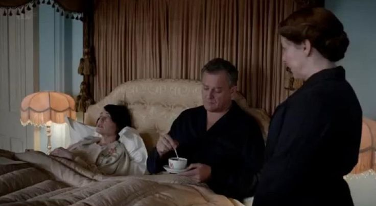 Downton Abbey Season 4: Tea in bed with Lord Grantham!!