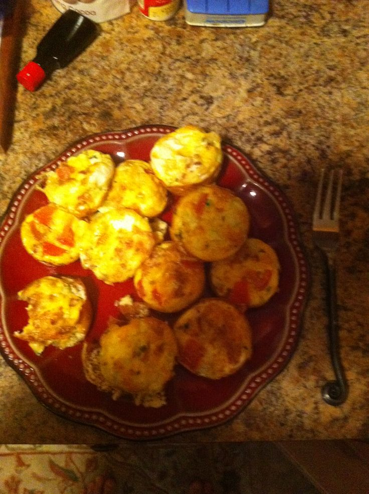 Egg Tomato Muffin Melt With Bacon Recipes — Dishmaps