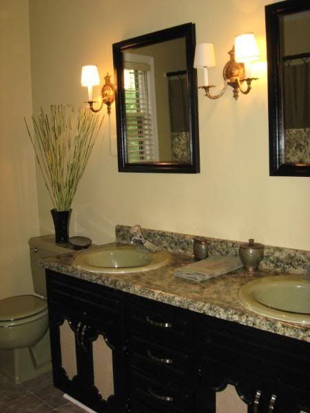 Pin By Traci Sherrill On Green And White Bathrooms Pinterest