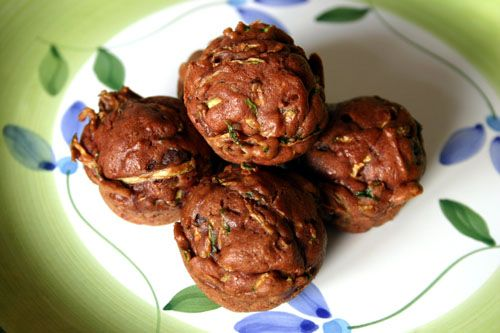 zucchini-chocolate-chip-muffins- http://pinchmysalt.com/zucchini-and ...