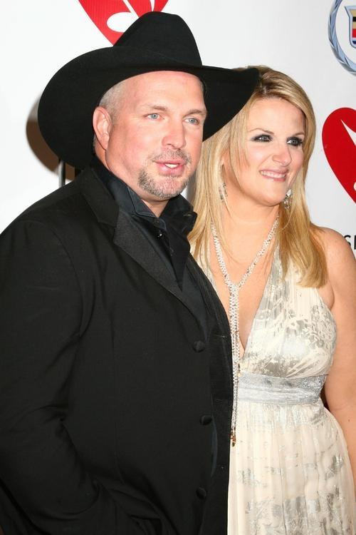 Garth brooks and trisha yearwood garth and george for Is garth brooks and trisha yearwood still married