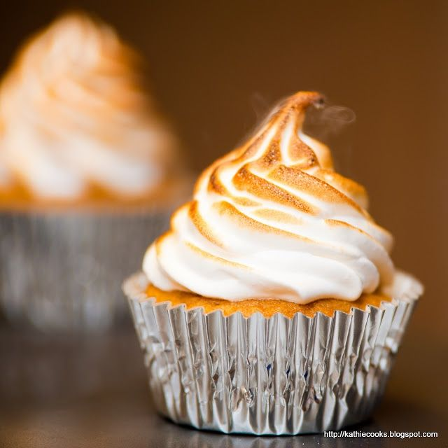 sweet potato pie cupcakes. | YummyDesserts | Pinterest