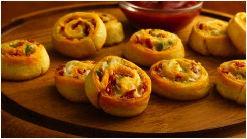 Bacon cheddar pinwheels using Pillsbury Crescents dough! Directions ...