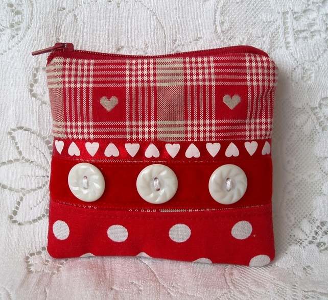 Red and White Coin Purse £4.50