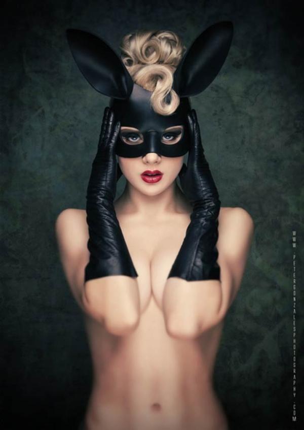 Black Bunny Girl.