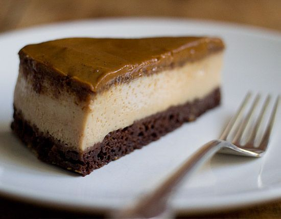 Impossible/Chocoflan Called so because the flan and chocolate cake ...