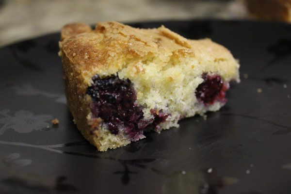 Buttermilk cake with blackberries | Kimmy's Bake Shop | Pinterest