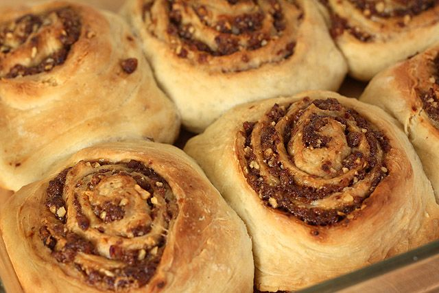Date, Walnut and Bourbon Cinnamon Rolls with Cream Cheese Frosting ...