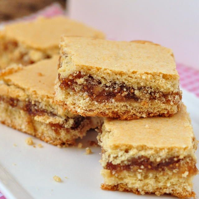 Homemade Fig Bars Recipe — Dishmaps