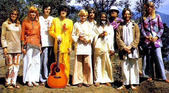 India, 1968 (l-r): Jenny Boyd, Jane Asher, Paul McCartney, Donovan, Mia Farrow, George Harrison, the Maharishi, the Beach Boys' Mike Love, John Lennon & Pattie Boyd