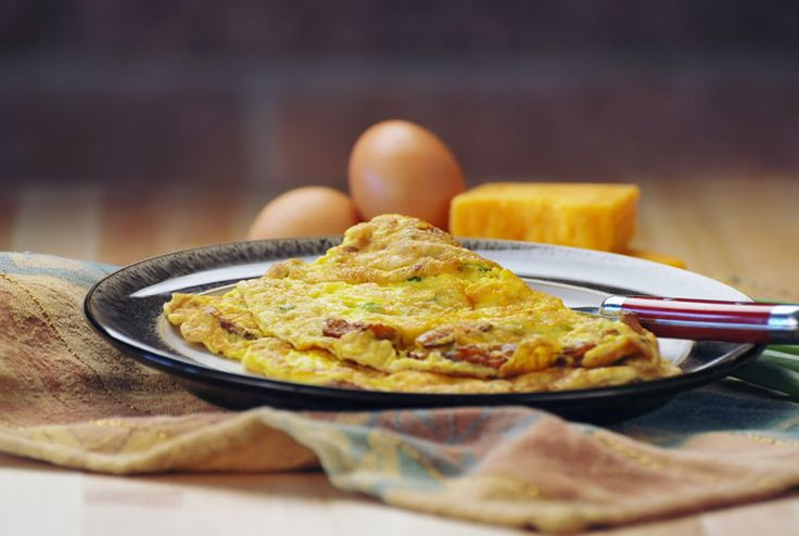 Chef Michael Smith's Recipe for Bacon Cheddar Omelette