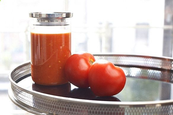 ... on the internet - Marcella Hazan's tomato sauce with onion and butter