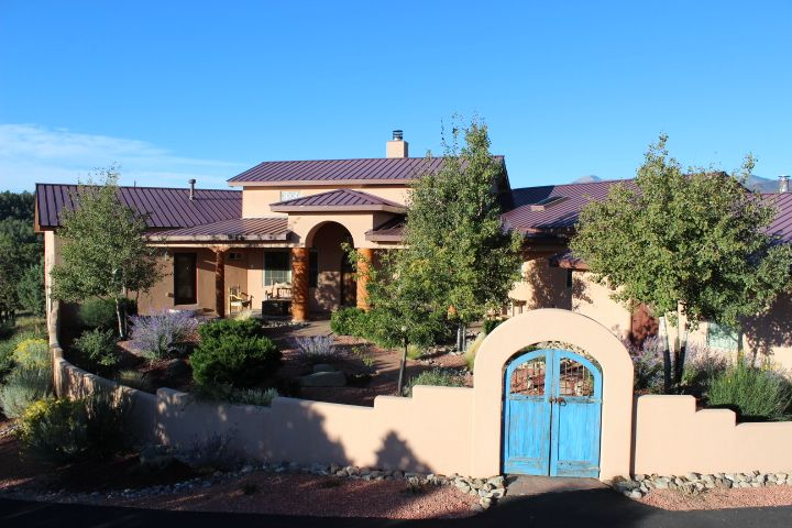 Awesome 8 images southwestern style homes house plans for Southwestern style homes
