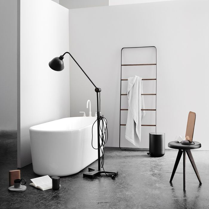 bath towel ladder chez moi pinterest. Black Bedroom Furniture Sets. Home Design Ideas