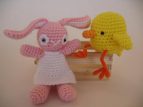 Amigurumi Easter Bunny and Chick amiami pattern Pinterest