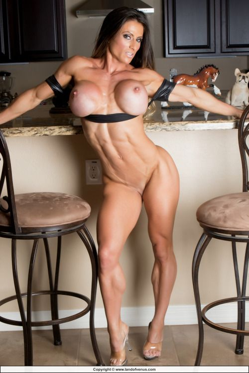 36 best Fit images on Pinterest | Muscle girls ...