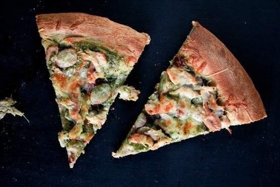 chicken, pesto & red grape pizza | Lunch/Dinner | Pinterest