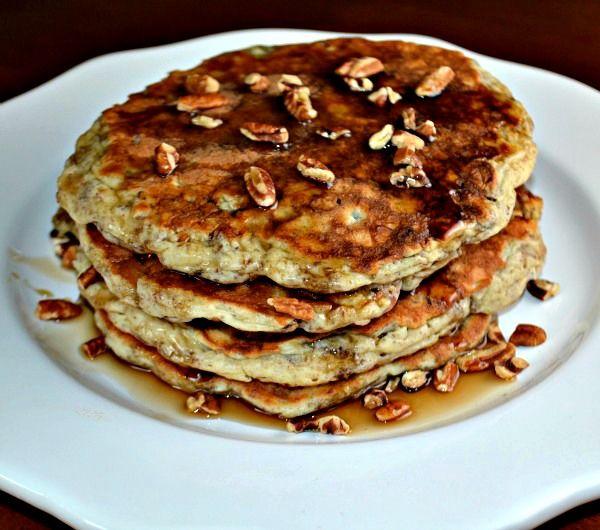 Whole Grain Banana Pancakes   O yummmm   Pinterest