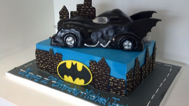 Batman car cake  Batman  Pinterest