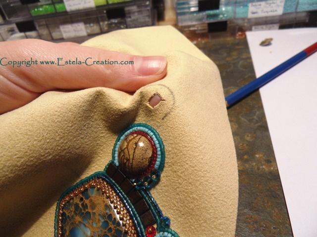 Bead embroidery how to bezel a rivoli jewelry