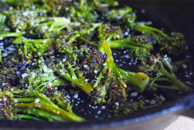 Crispy Parmesan Roasted Broccoli is fresh broccoli that is cooked in ...