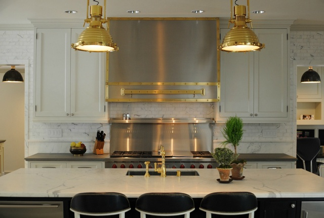 Whie gold and black kitchen kitchens pinterest for Black and gold kitchen