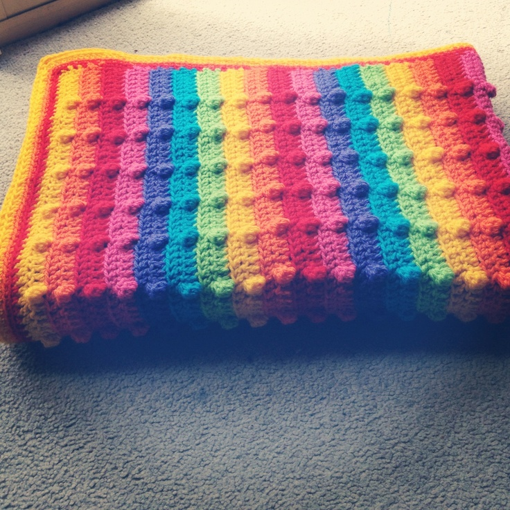 Knitting Pattern Rainbow Blanket : Bumpy Rainbow Blanket Tutorial Hakel Pinterest